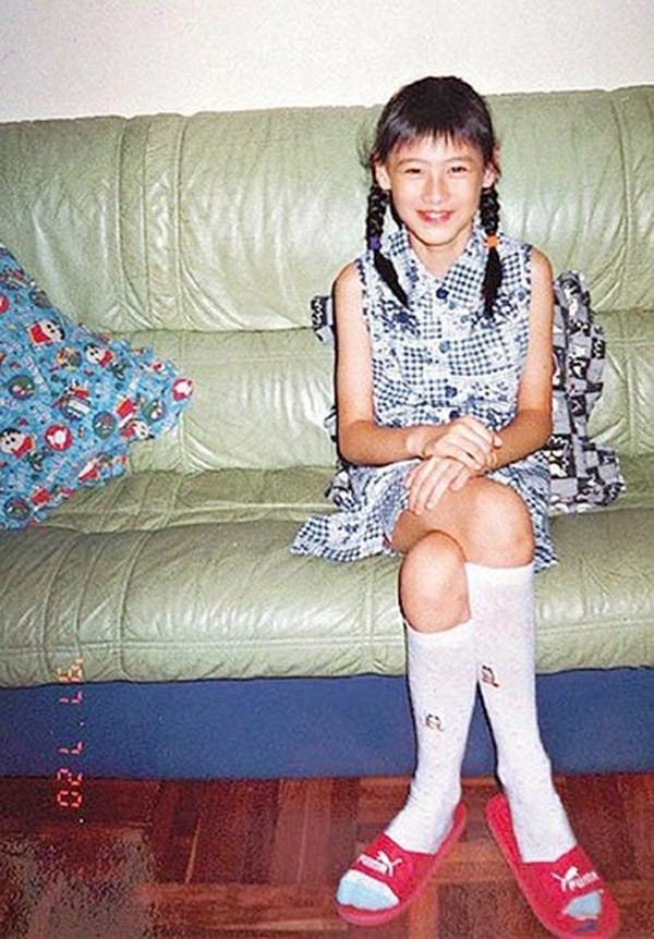 梁洛施12岁逃学吸烟,21岁成未婚妈妈,23岁坐拥上亿身家,狗血剧都不如她人生的一半精彩!