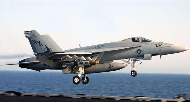 F18击落叙利亚战机两大细节遭曝光,美军这次真