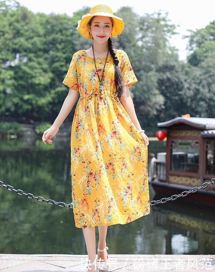 夏天不一定穿T恤,多尝试这些连衣裙,给你与众不同的美