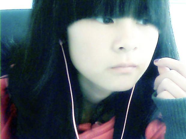 高中妹子素颜照短发