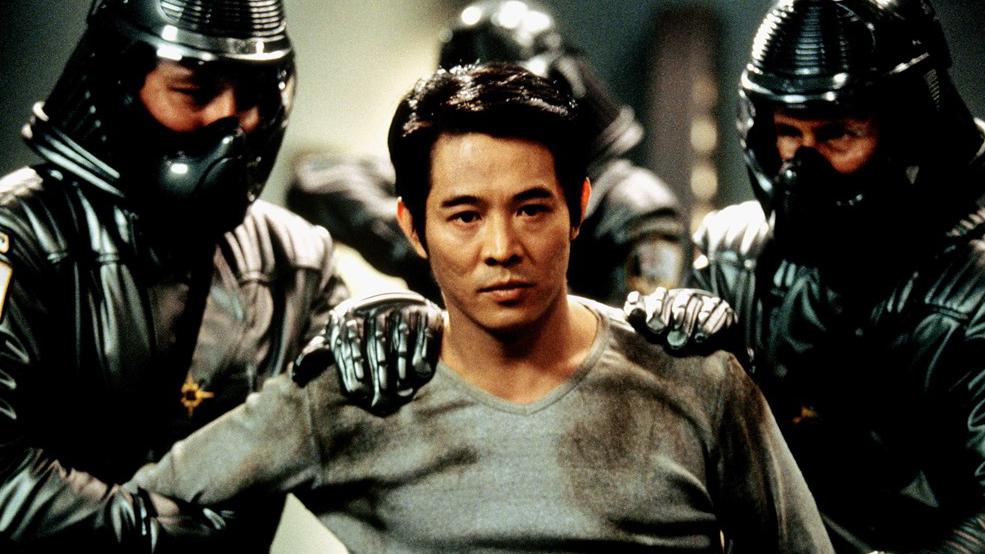 李连杰只差一步就成宇宙霸主 5分钟看完科幻电影《宇宙追缉令》