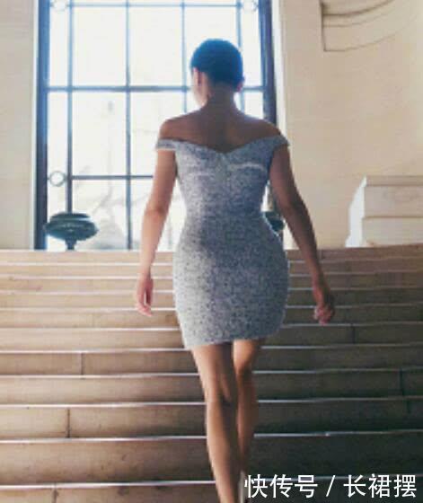 44岁周迅终于不再低调,穿露肩礼服美艳时光,满屏都是女人味!