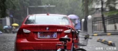 下雨相当于免费洗车?别扯淡了,一年后车子的变化,后悔都来不及