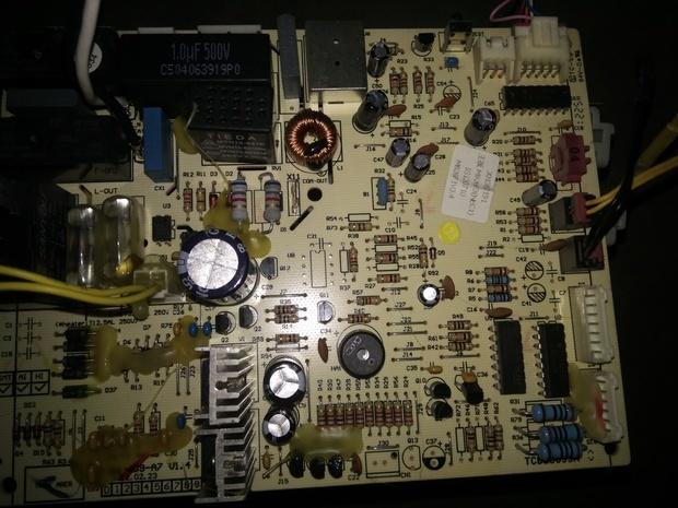 谁有格力空调挂机电路板301382191接线图或者电路图,怎么样接外机线路
