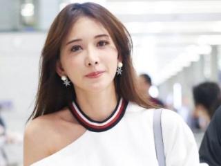 44岁林志玲机场街拍满满少女感难道真有驻颜丹的存在?