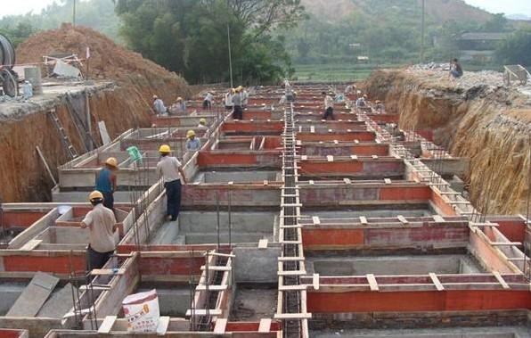 地圈梁一般用于砖混,砌体结构中