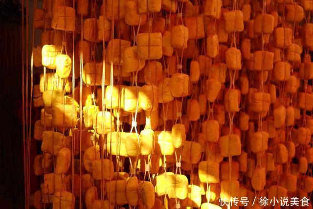 """宣威姜黄豆腐大理生皮陈晓卿的《风味人间》填满你的""""云南胃"""""""