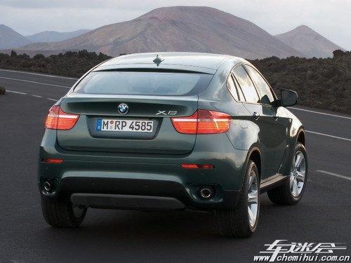 除了动力提升外,宝马x6 xdrive35d改装版车型还分别将前悬与后悬降低
