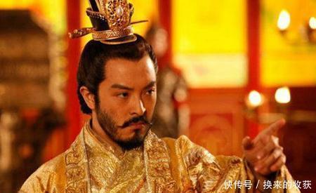 皇帝出生时天生异象,父皇却说:不知他是龙是鼠,是福是祸