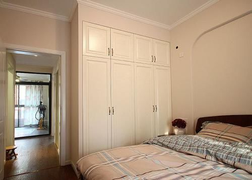 小卧室万万别安装这种衣柜了,我家当初不懂,入住后才知道太坑