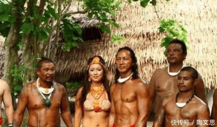 """最""""开放""""部落:女人没有固定的丈夫,用贝壳遮羞,男人个个是肌肉男"""