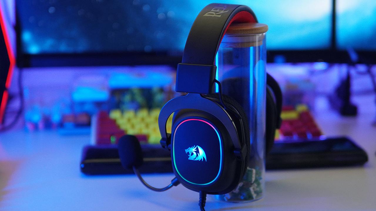 RGB大灯圈,红龙H510 RGB游戏耳机开箱