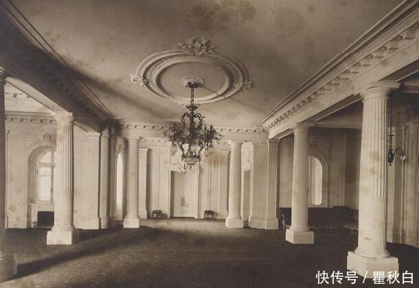 老照片:日本大正天皇当太子时的宫殿,装修奢华,但浴室比较低调