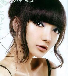 姓名:常春晓 职业:模特,演员 别名:春晓 经纪公司:北京概念久芭模特